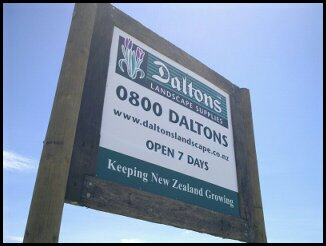 daltons sign mt wellington.jpg